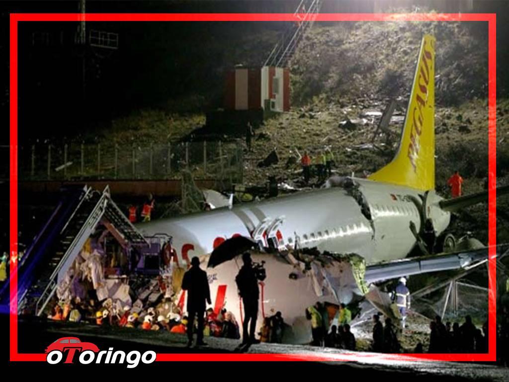 Sabiha Gökçen Havalimanın'da Pistten Çıkan Pegasus Uçak Kazası